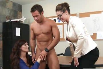 Eva Notty – threesome in the classroom